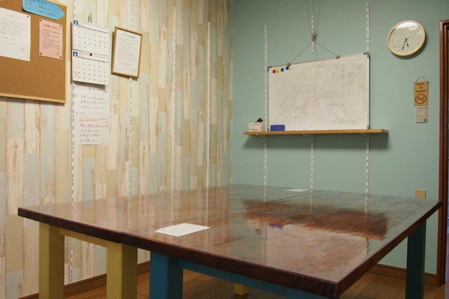 日吉レンタルスペース「オールドAP」 : 6名用個室スペースの会場写真