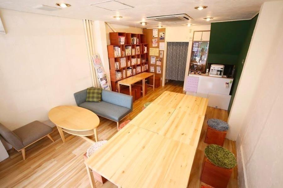 新大阪レンタルスペース co-arc : 20名用貸切コミュニティスペースの会場写真
