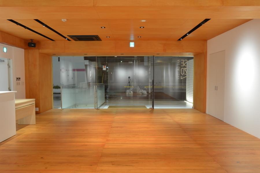 神宮前セゾンアートスペース : レンタルスペースの会場写真