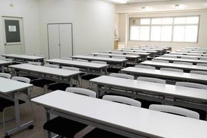 【飯田橋・駅近】24時間利用可能!多目的に使える大会議室の写真