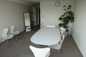 新宿御苑駅徒歩1分! 眺望が自慢の完全個室スペースの写真