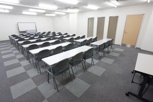〜48名収容可能 講演会や研修におすすめ!渋谷駅徒歩3分の貸し会議室の写真