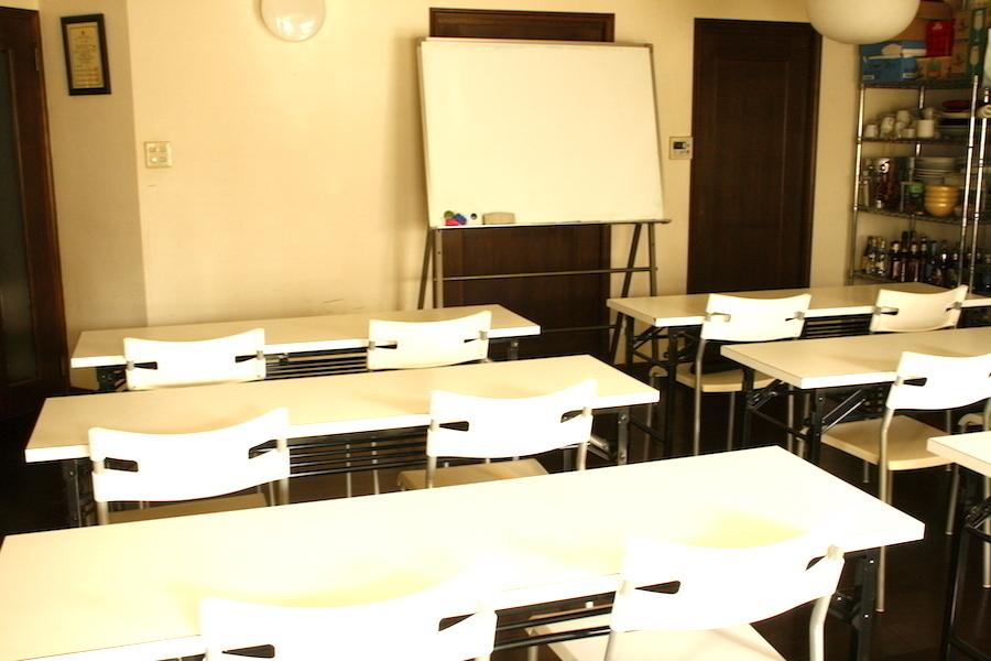 目黒レンタルスペース「チュアレゾン」 : 16名用 貸し会議室プランの会場写真