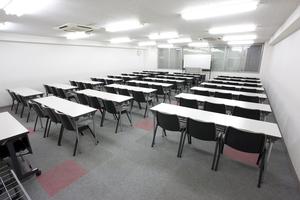 〜60名収容可能 試験会場などにも!渋谷駅徒歩3分の貸し会議室の写真