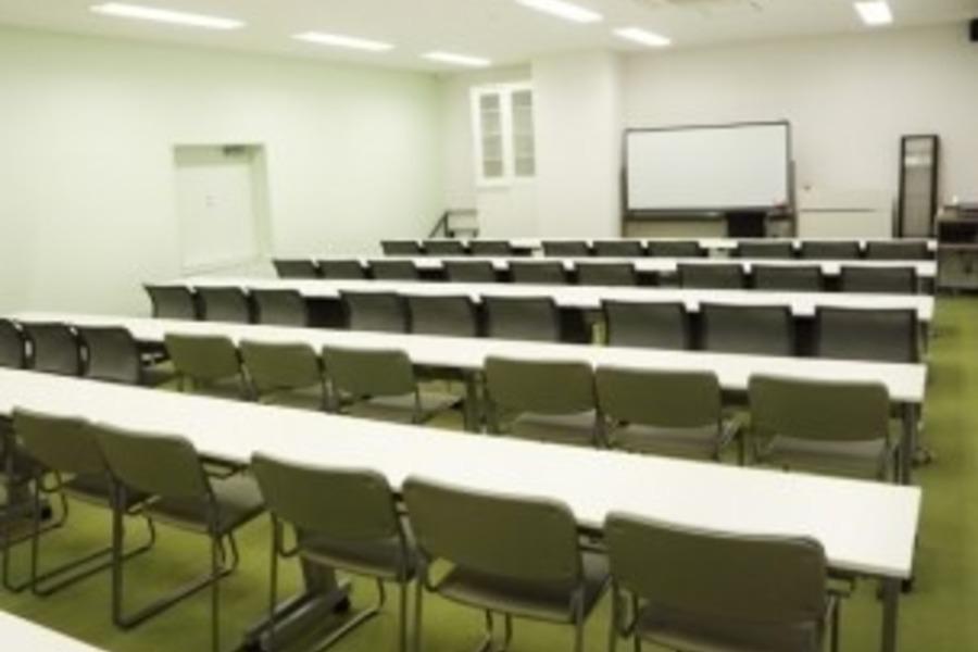「赤坂・溜池・虎ノ門・永田町」会議室 : 3階会議室の会場写真