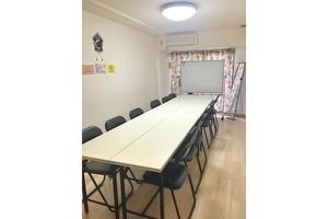 ★Free Wi-Fi ★新宿三丁目の格安会議室の写真