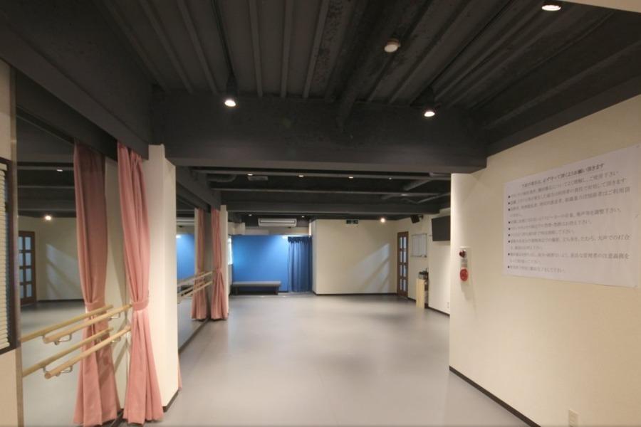 スタジオ・リドⅡ(ナンバ) : 多目的スペース(30名以下プラン)の会場写真