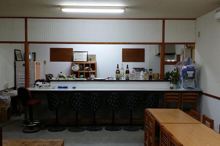八丈島「合いの手会議室」 : 多目的スペース(ホール・厨房使用)の会場写真