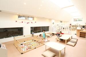 【ママも安心】授乳・おむつ替えスペース完備♪人気のレンタルカフェスペースの写真