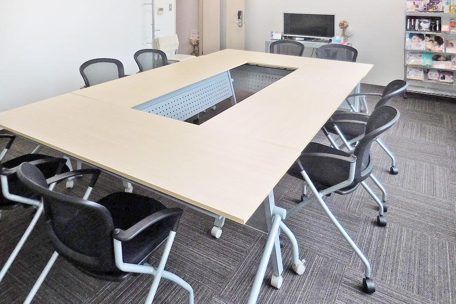 セミナールームIBTA 田町・芝浦 : セミナールーム・貸し会議室の会場写真
