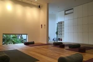 閑静な住宅街にある、緑いっぱいの開放的なスペースですの写真