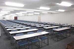 〜207名収容可能 講演会や研修などに 渋谷駅徒歩3分の貸し会議室の写真