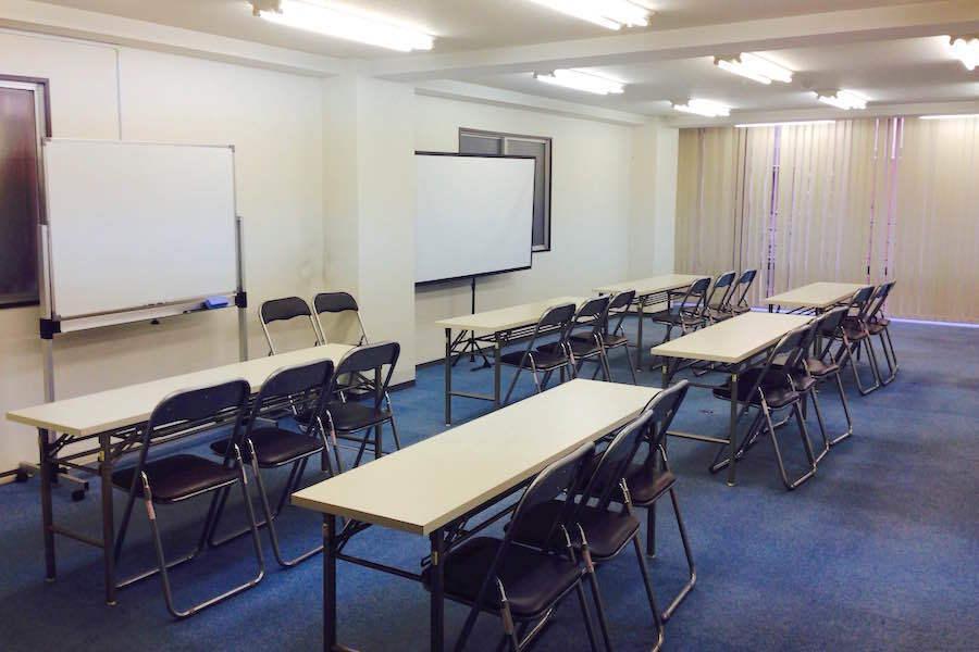 インスタント会議室 御徒町店 : セミナールームの会場写真