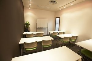 キュリオステーション吹田駅前店内 リンクリングカレッジ : レンタルルームの会場写真