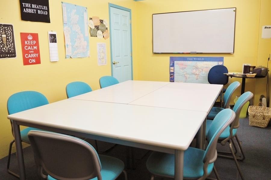 高砂ビル6階「英会話学校ザ・ニュービレッジ」 : Room 3の会場写真