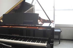 山響楽器ピアノスタジオ : 2名向け練習個室(304号室)の会場写真