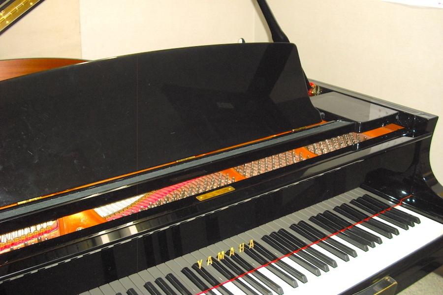 山響楽器ピアノスタジオ : 2名向け練習スタジオ(306号室)の会場写真