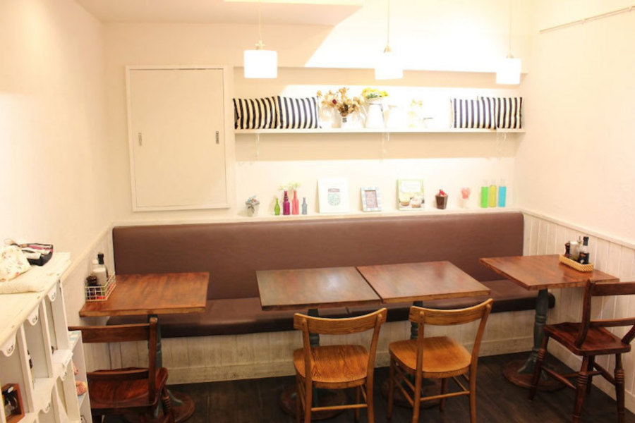 池袋レンタルカフェ「Ginger&Star」 : レンタル対応カフェの会場写真