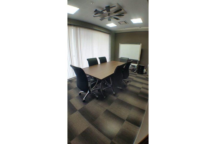 YT馬車道ビル会議室 : 個室会議室の会場写真