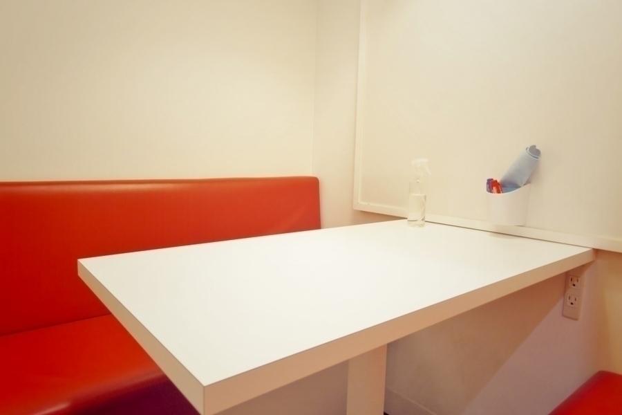 インスタント会議室 銀座店 : 1名用 カフェタイプのスペースBの会場写真