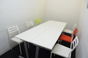インスタント会議室 銀座店 : 1名用 カフェタイプのスペースCの会場写真