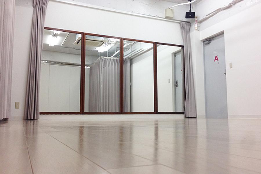渋谷スタジオ : フルサイズSTUDIOの会場写真