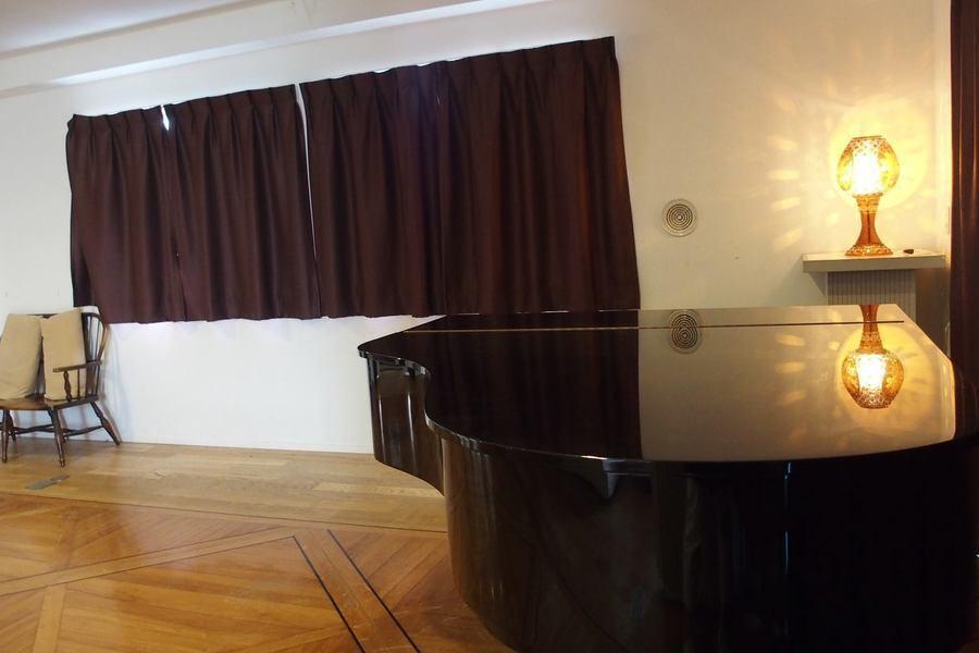 白楽シルクサロン : 全室(リビングルーム&ホールルーム&ダイニングルーム)タイプの会場写真