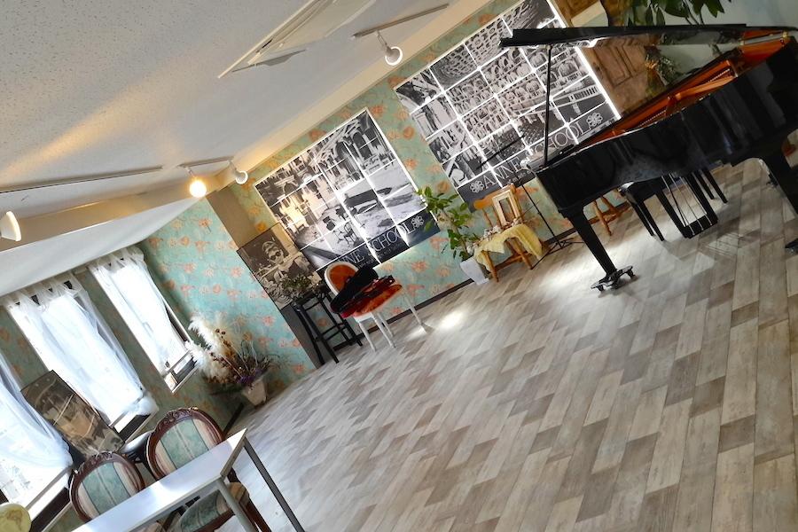 【大津市石山】アンネの教室 : フロア貸切の会場写真